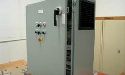 Electrical panel for commercial building